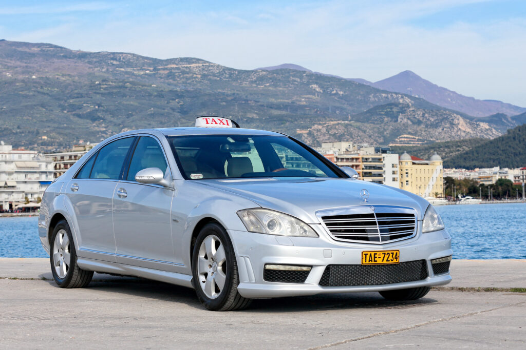 taxi mercedes in volos